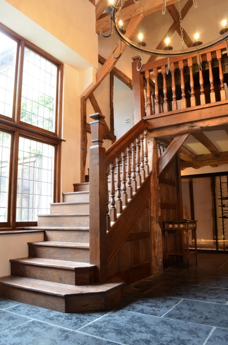 Oak 16th Century Style Staircase with large Finial to bottom Newel Post
