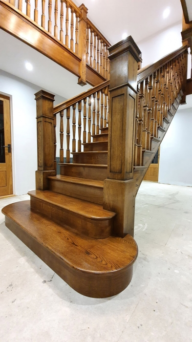 Bespoke oak staircase and gallery