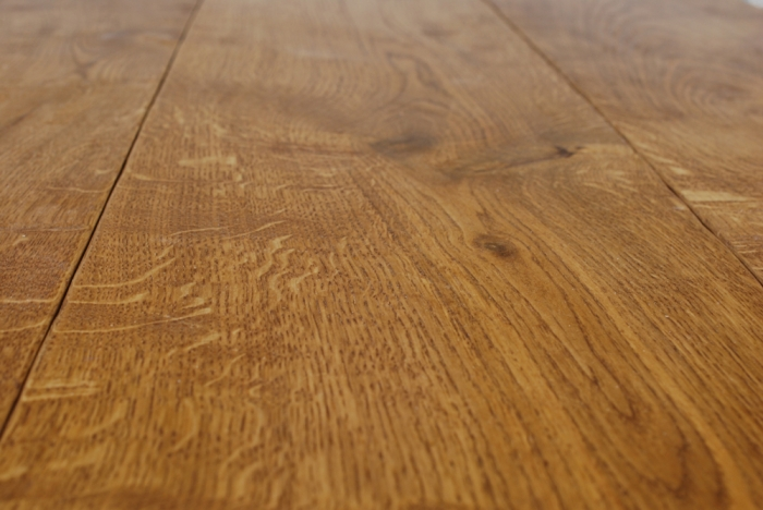 Tongue and Grooved Engineered Oak Flooring, light Character Grade
