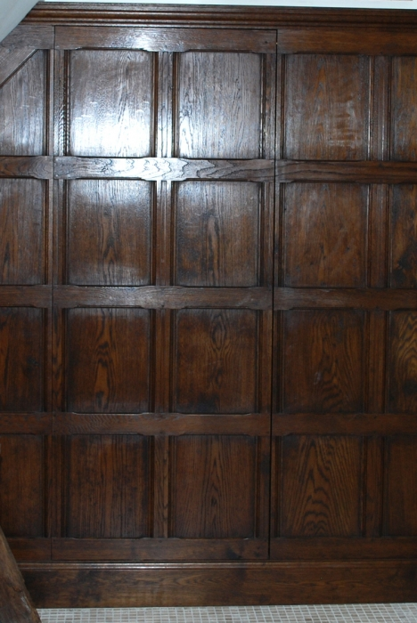 Solid Oak Wall Panelling with Scratch Moulding and Jib Door