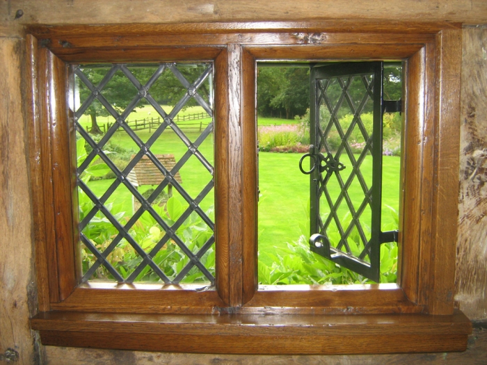 Traditional Heavy Moulded Oak Window with Traditional Lead Lights