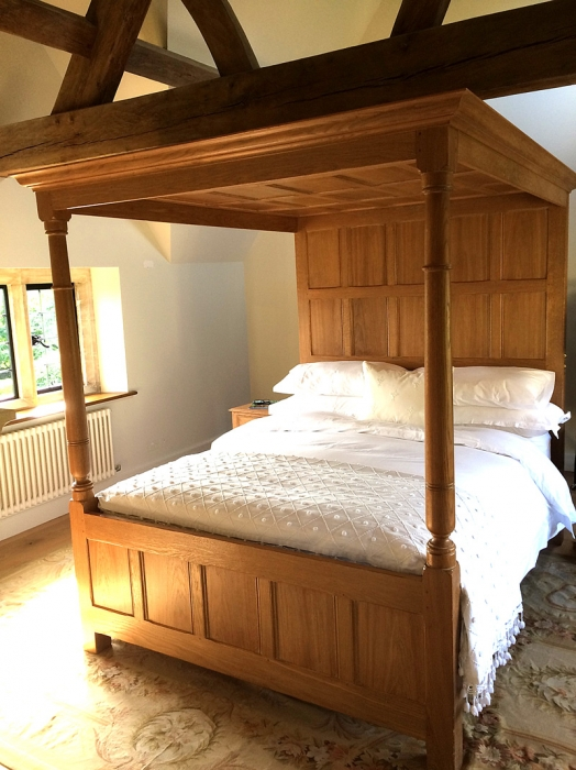 Light Oak Four Poster Bed