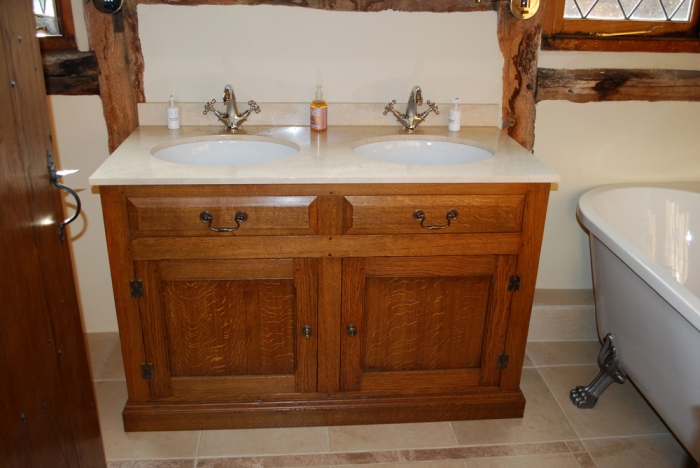 Oak Vanity Unit with Cupboards under and False Dreawers