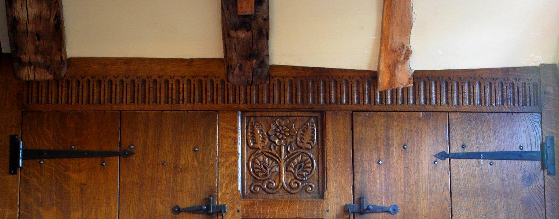 Fitted Oak Cupboard showing scribing detail