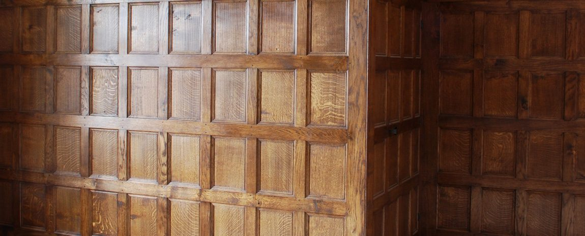 Hand Crafted Solid Oak Panelling