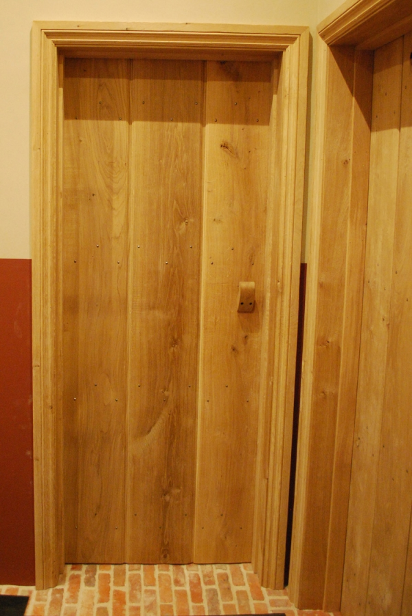 3 Plank Oak Boarded Door with Frame and Moulded Architrave