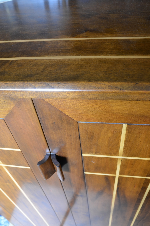Cherry Corner Cabinet with Boxwood Stringing to Top and Doors