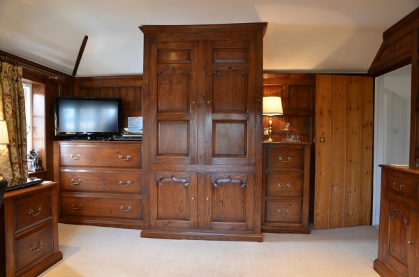 Storage Unit and Chest of Drawers
