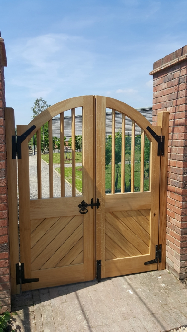 Solid Oak Mullion Garden Gate with Bespoke Ironmongery