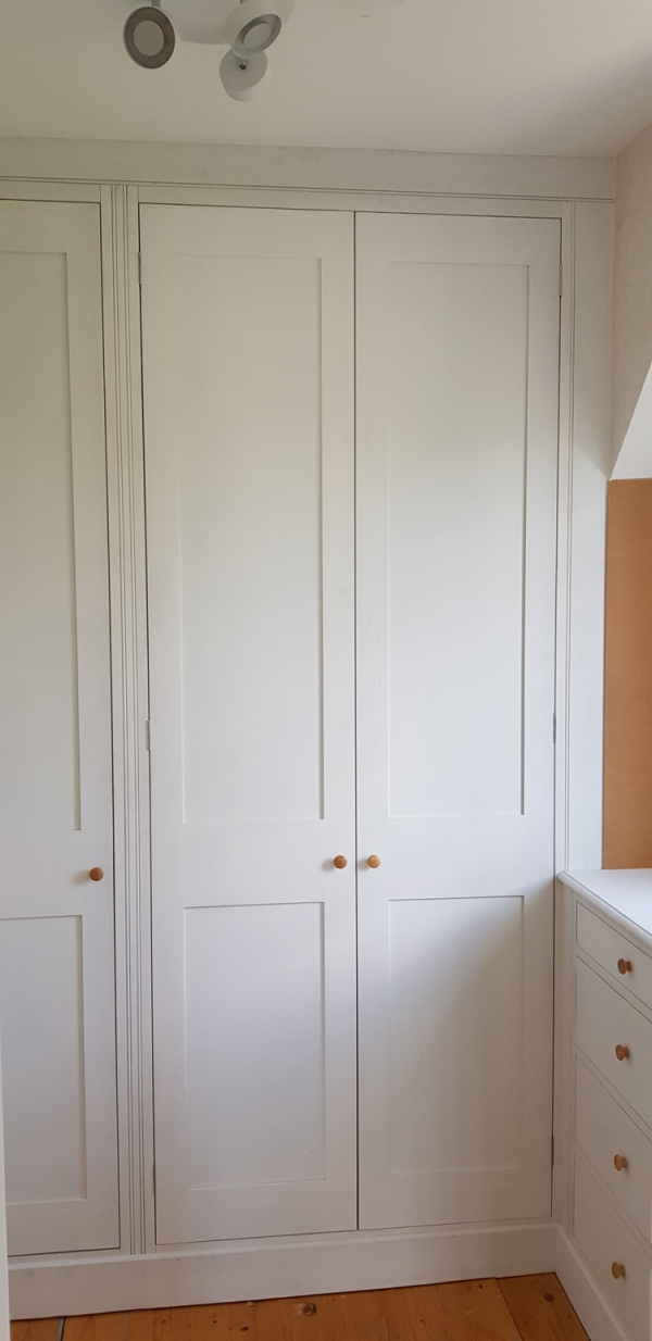 Hardwood Painted Wardrobe and Chest of Drawers
