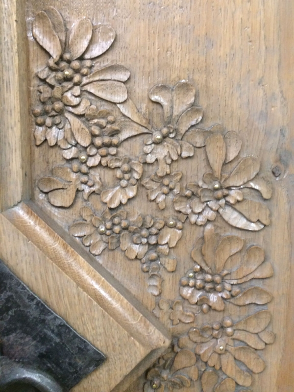 Carving detail and cover mouldings